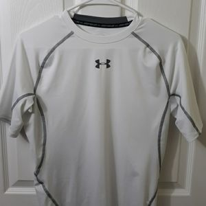 NWOT. Under Armour Compression Heat Gear Shirt